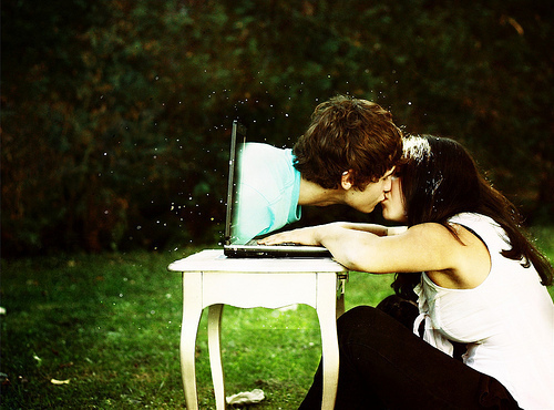Tips for Maintaining Long Distance Relationships in China | eChinacities